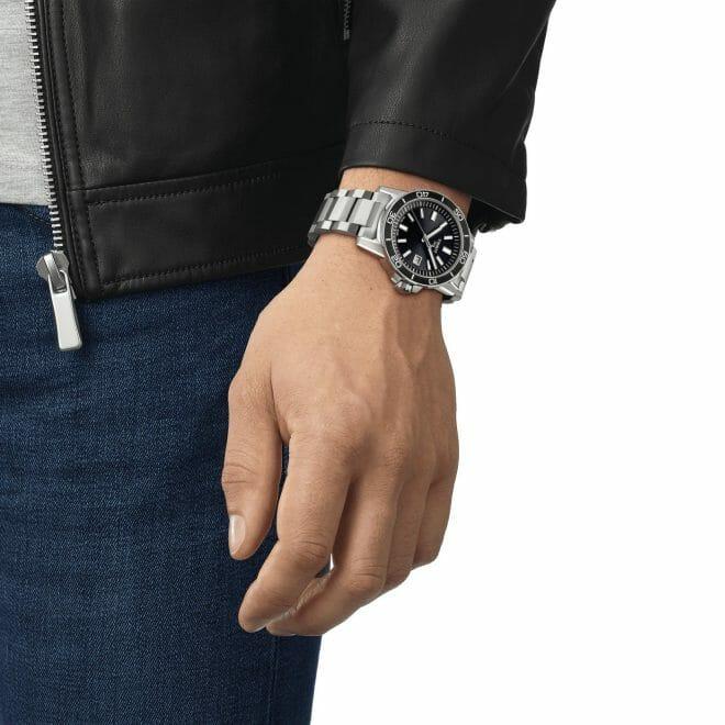 Tissot Supersport Steel Black Dial 44mm T125.610.11.051.00 Wrist Shot